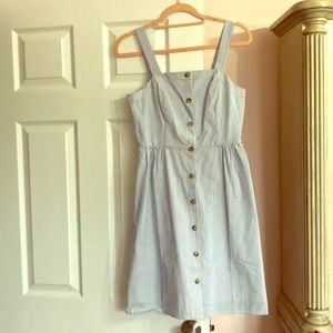 NWT beautiful seersucker dress